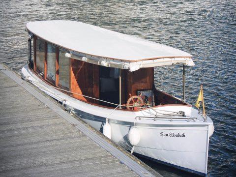 Rein Elisabeth - Rondvaarten Eilandje - Boottochten MAS - Antwerpen. Antwerp Boat Tour